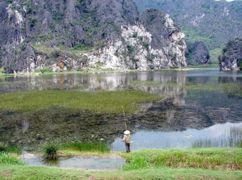 Vietnam: Van Long Nature Reserve