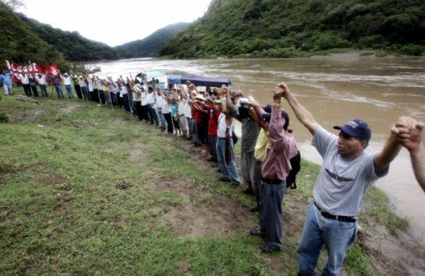 Contra la construcción de la represa de Agua Zarca en territorio del pueblo lenca