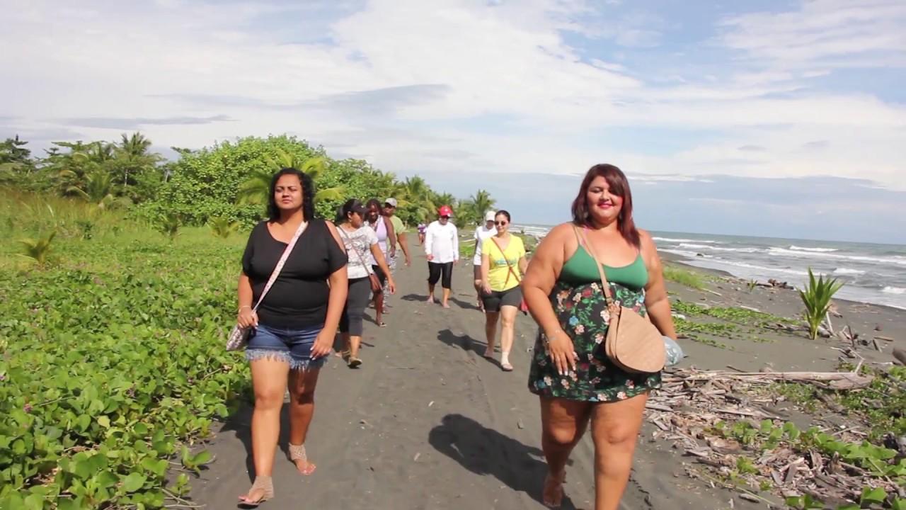 Fisherwomen learning exchange gathering in Costa Rica