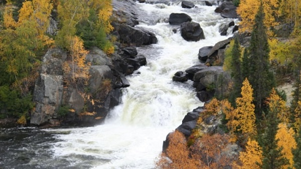 Lutsel K'e Dene First Nation Membership Approves Thaidene Nene Establishment