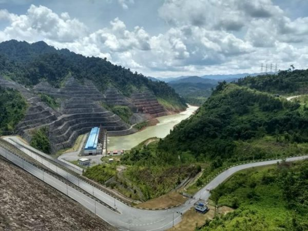 Mega Dams: Glorifying Bakun to Promote Papar