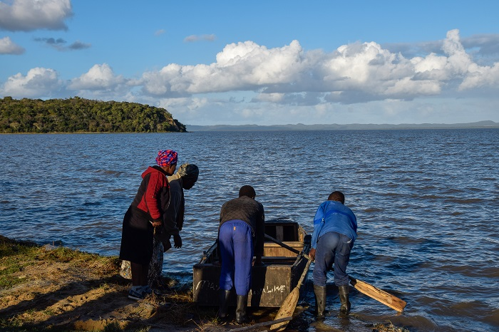 Reflections about Species On The Move: Indigenous and local knowledge as relationships for living and connecting