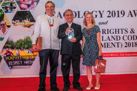 Sarawak Activist who Stopped Destructive Mega-dams Wins 2019 Seacology Prize