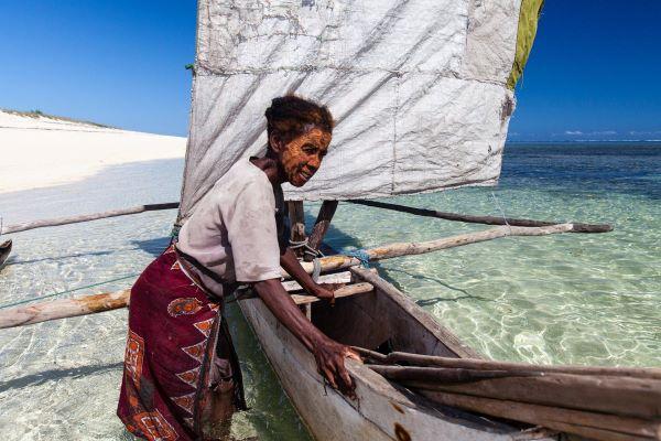 Celebrando las Contribuciones Indígenas y de la Comunidad al Día Mundial de los Océanos