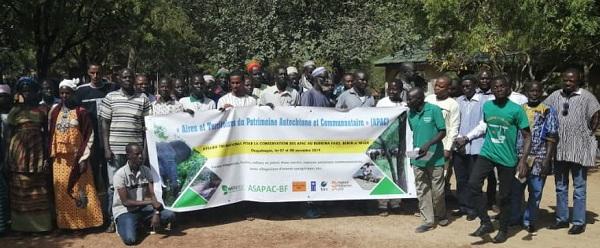 Forêts sacrées et mares aux crocodiles : Aperçu du rassemblement binational sur les APAC au Bénin et au Burkina Faso